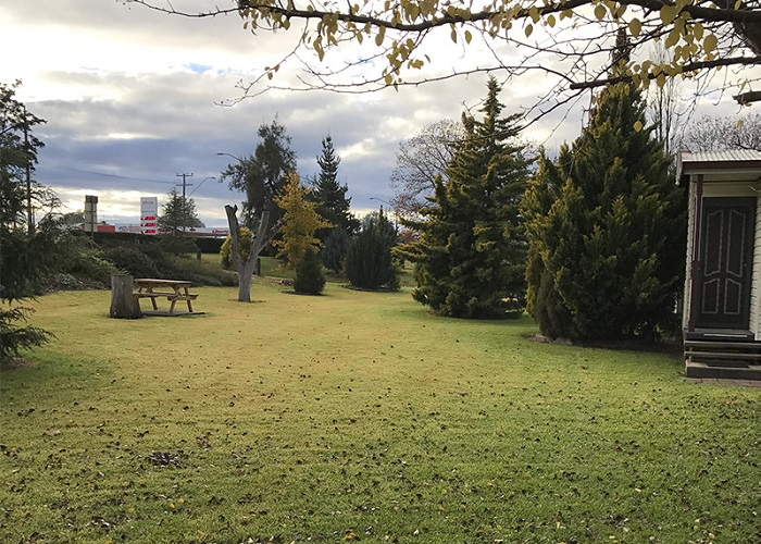 Inverell Caravan Park Gardens